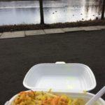 12:07 Uhr: Mittagessen an der frischen Luft. Ich muss noch...
